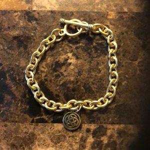 Celtic Knot Round Bracelet.